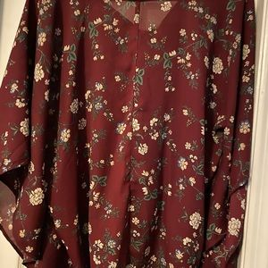 Women's Smell the Roses blouse. S/M